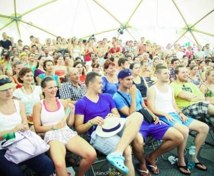 Publikum v KC Dunaj stage na Pohode 2012
